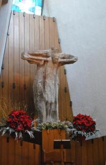 Il Cristo crocifisso di Eli Riva