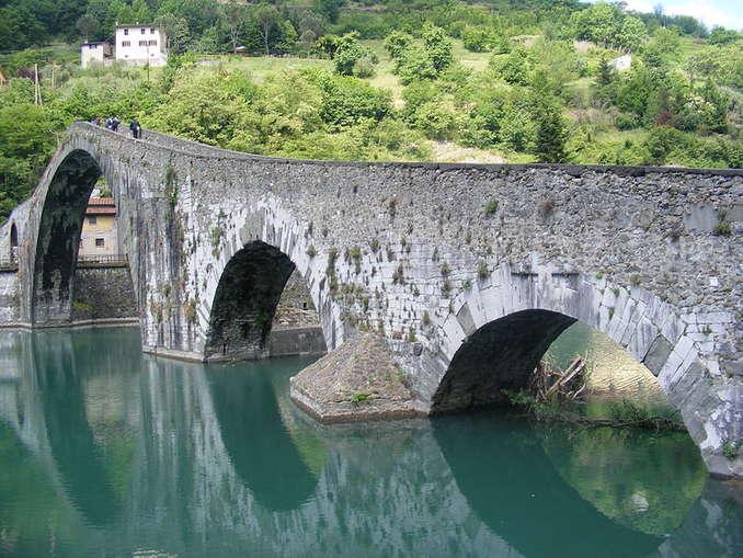 246_800px-devils_bridge_ponte_della_maddalena